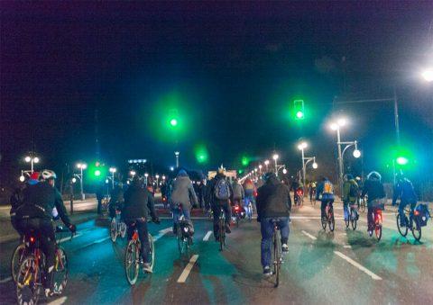 Grüne Ampeln bei Critical Mass