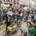 Mehr als 100.000 Unterschriften für den Radentscheid